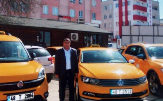 سيارات الأجرة وخدمات النقل إلى مطار دالامان